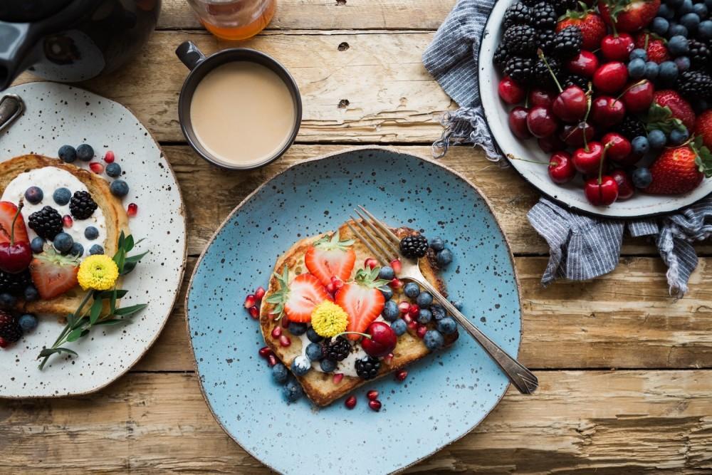 Co warto jeść na śniadanie? Oto 5 najlepszych produktów