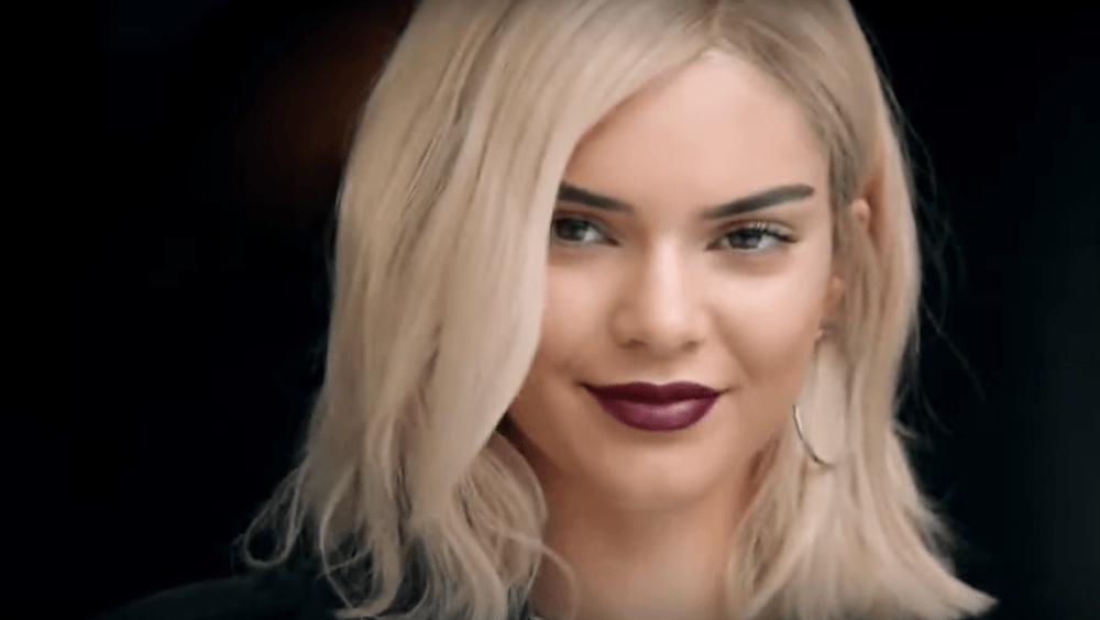 Kendall Jenner w nowej reklamie Pepsi! Takiej klapy jeszcze nie było!