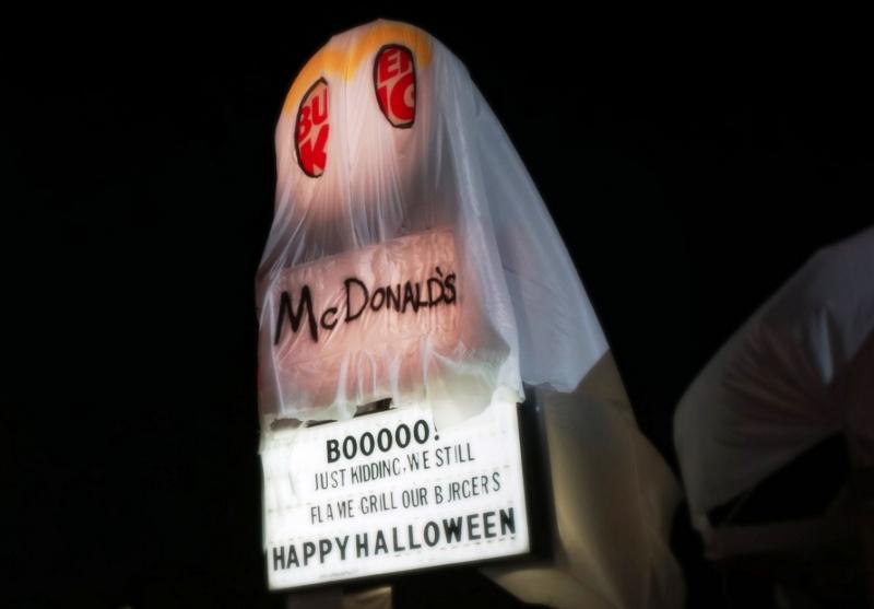 Oryginalny pomysł na Halloween: Burger King w przebraniu McDonald's