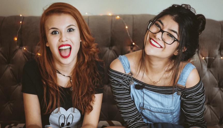 4 dziwaczne rzeczy, które robisz z przyjaciółką