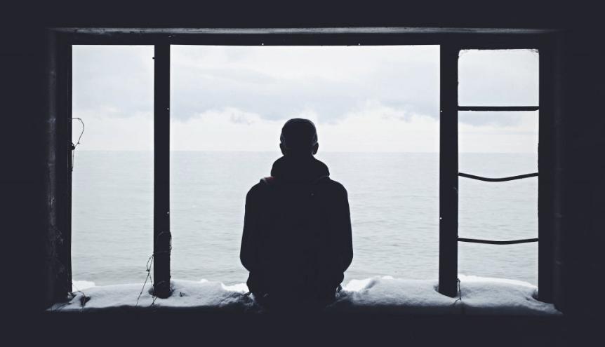 Jak pokonać nieśmiałość i zyskać nowych znajomych?