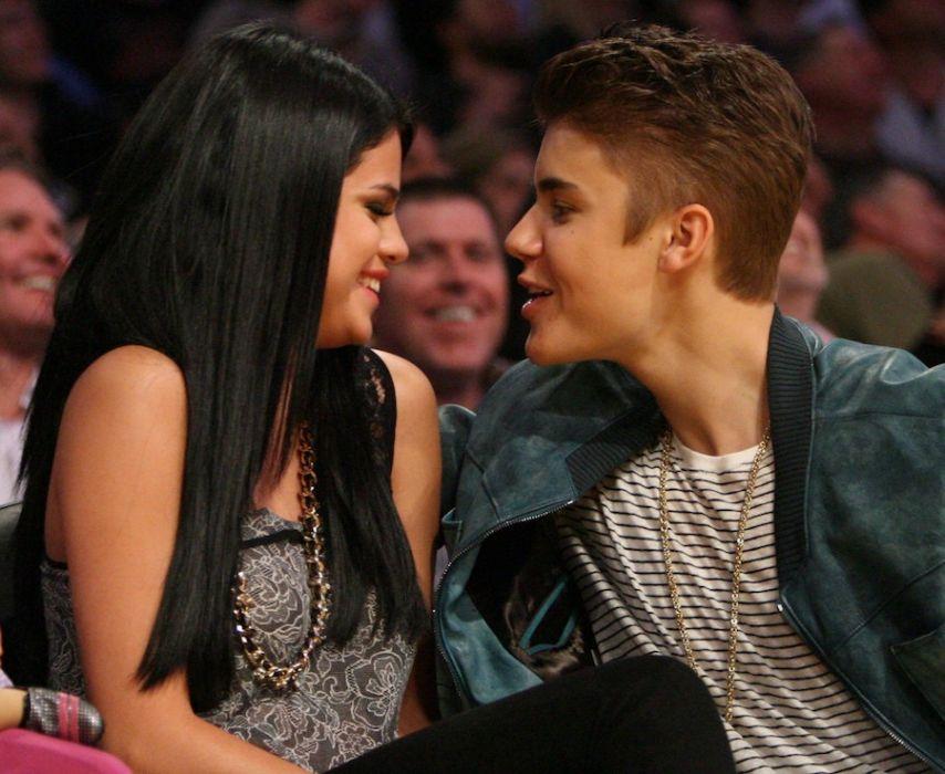 Z kim jest Selena Gomez, randka marzec 2014