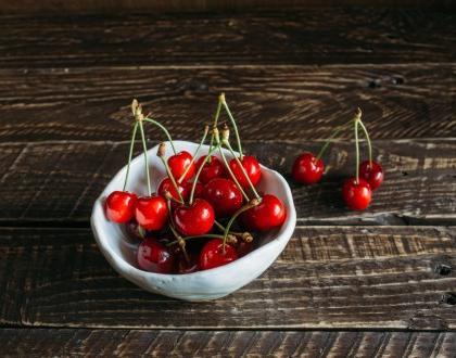 8 korzyści z jedzenia wiśni, o których nie miałaś pojęcia!