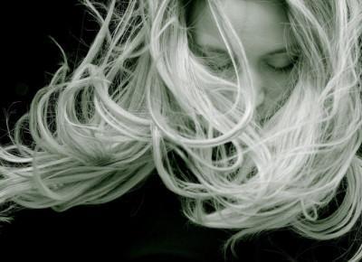Sprawdzone kosmetyki przyspieszające porost włosów — mój zestaw must have!
