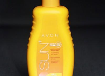 Kosmetyczne inspiracje: Avon - Sun+ - Wodoodporne mleczko nawilżająco - ochronne w sprayu SPF 15 z technologią Derma 360