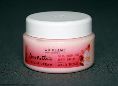 Kosmetyczne inspiracje: Oriflame - Love Nature - Nawilżający krem do twarzy na noc z dziką różą
