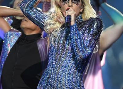 Lady Gaga na Super Bowl 2017 - zobacz występ!