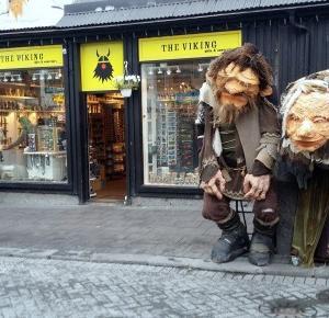 5 sposobów jak stać się prawdziwym Islandczykiem – See, Touch, Bite the World