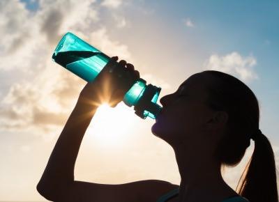 Ten popularny napój powoduje cellulit!