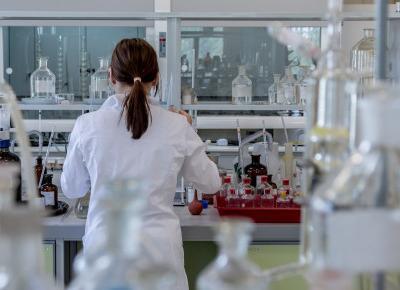 ABC składów - Czy phenoxyethanol wywołuje raka i ma wpływ na nasz układ hormonalny? - plus linki do badań naukowych | A real shopaholic