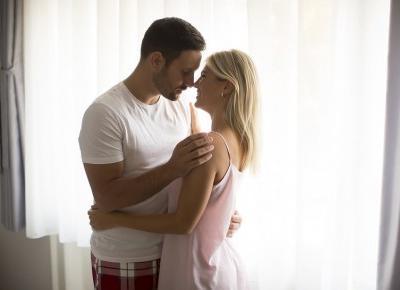 Jak rozkochać faceta? 5 zasad, aby twój facet nie chciał bez Ciebie żyć.