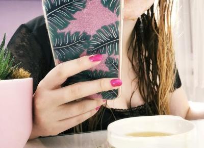 Maseczka z miodu. Opinie i efekty maseczki z miodu i aloesu na twarz. | Basia Smoter Blog - blog kosmetyczny, blog lifestylowy. Opinie, trądzik, włosy, paznokcie, kosmetyki