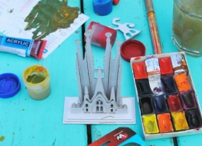 Czym malować zabawki z tektury! Gdy dzieci zabiorą się do pracy ;)
