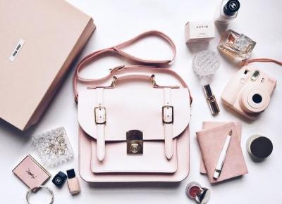 12 rzeczy, ktore warto nosic w torebce - StylRoom.pl