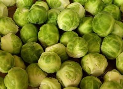 Warzywa antycellulitowe - dlaczego warto jeść brukselkę?