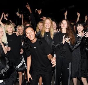 Chiconic by Kasia Wasilewska: Jak Alexander Wang przewrócił Adidas Oryginals do góry nogami?