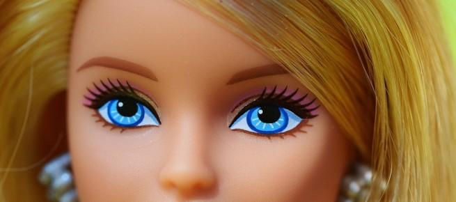 Potrzeba dziwactwa, czyli zawrotna kariera polskiej Barbie - Co na to Natorscy