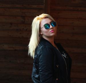 JAK NOSIĆ BOMBERKĘ? | BOMBER JACKET SHEIN |  | CZARNATRUSKAWKAA - MODA, URODA, LIFESTYLE / FASHION BLOG, POLISH BLOGGER, POLSKA BLOGERKA