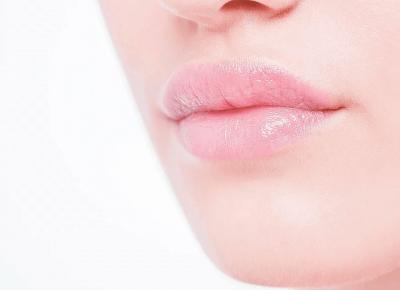 Jak dbać o usta zimą? Kilka cennych porad | FLAMING BLOG
