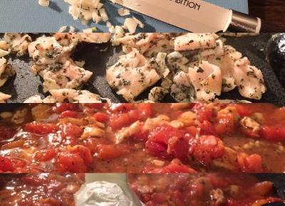 Makaron z wędzonym łososiem i pomidorami | Flaming Blog