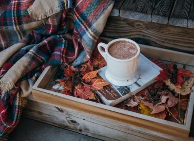 Przydatne akcesoria do domu, które nas ogrzeją jesienią i zimą | FLAMING BLOG