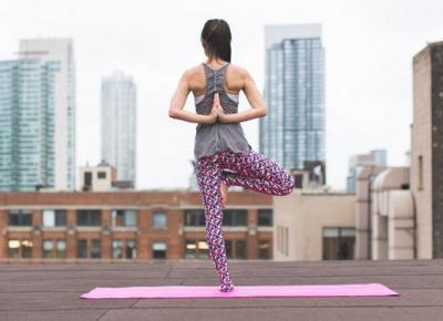 Sesje jogi dla początkujących | DlaNastolatek.pl
