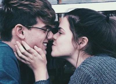 Jakich pytań lepiej nie zadawać chłopakowi podczas pierwszej randki? | DlaNastolatek.pl
