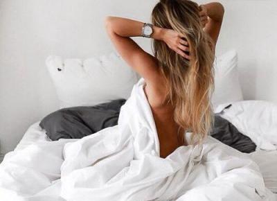 Jak dbać o włosy podczas snu? | DlaNastolatek.pl