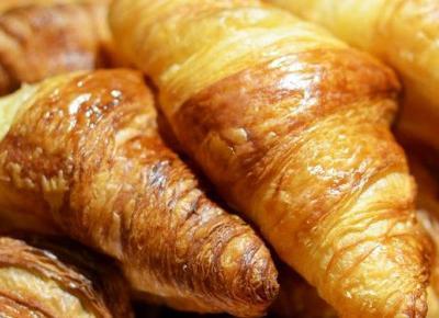 Łatwe i szybkie przekąski z ciasta francuskiego | DlaNastolatek.pl