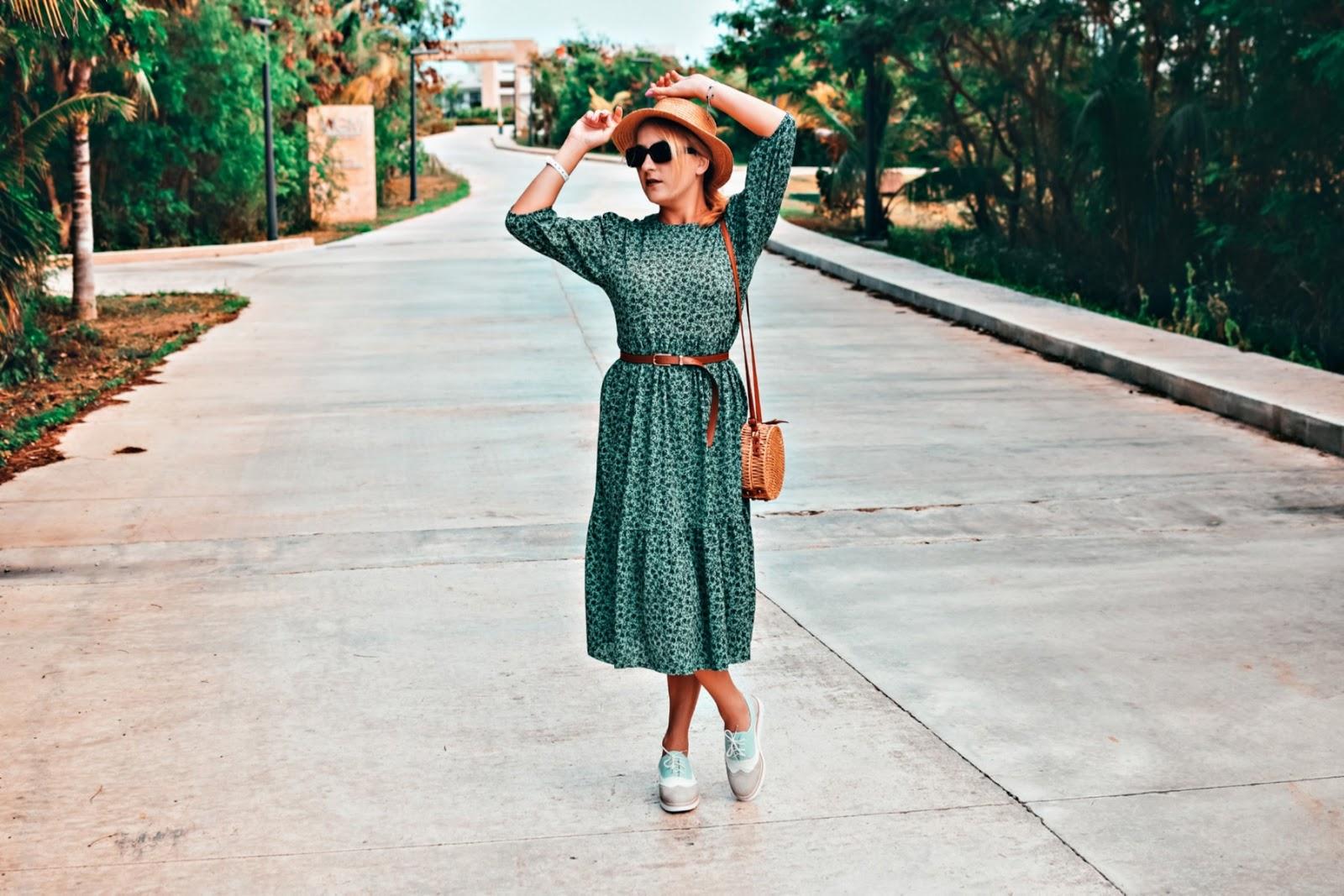 Zielona, midi sukienka w kubańskiej stylizacji