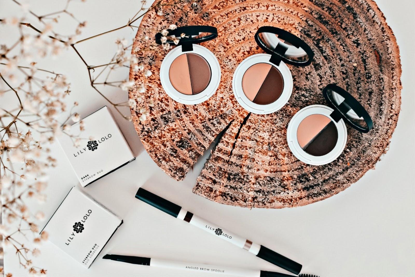 Stylizacja brwi kosmetykami mineralnymi Lily Lolo, Costasy