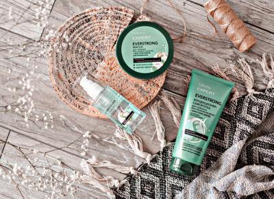 Pielęgnacja włosów cienki z kosmetykami EVERSTRONG z serii Expert – FABERLIC