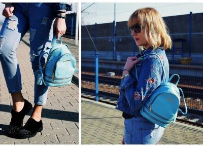 Błękitny plecak i Boyfriend Jeans