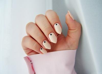 MANIDOT, czyli kropki na paznokciach | Prosty i efektowny manicure - Enestelia - blog o urodzie i stylu życia