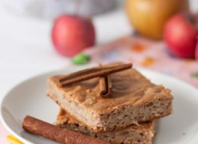 Proste ciasto orkiszowe z białek z jabłkami - bez cukru - Fitkot