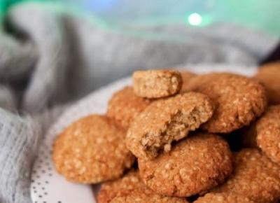 Bezglutenowe ciasteczka jaglane z masłem orzechowym i melasą - Fitkot