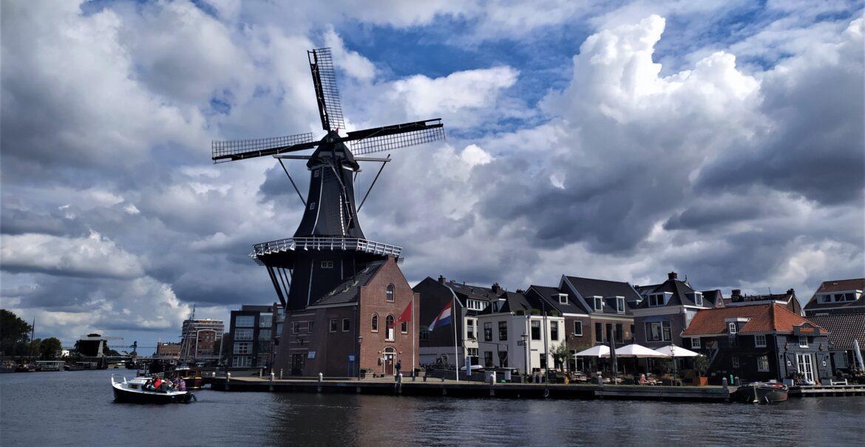 Wiatraki w Holandii - wcale nie krótka historia budowli.