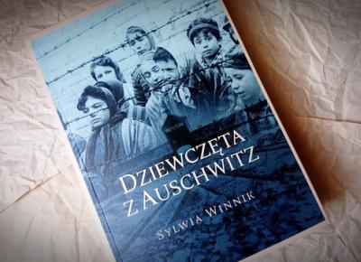 Świat ukryty w słowach: [294] Sylwia Winnik -