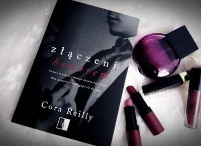 Świat ukryty w słowach: [232] Cora Reilly -