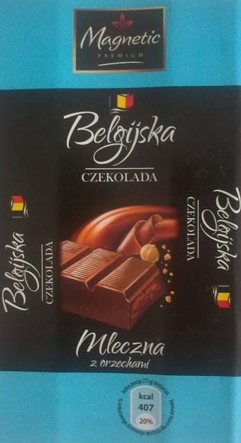 Batonik Belgijska Czekolada Mleczna z orzechami - Magnetic Premium/Luxima Premium