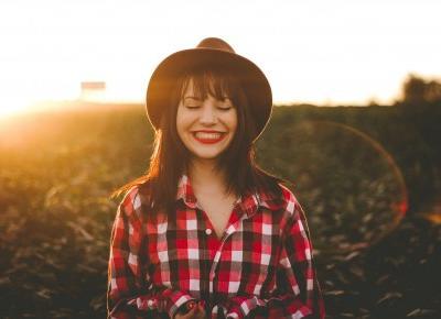 Chcesz być szczęśliwsza? Spieraj się z samą sobą. – Praktyczna psychologia pozytywna