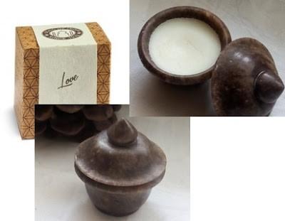 Cosmetics reviews : Zapach miłosci zamknięty w małej szkatułce - perfumy w kremie