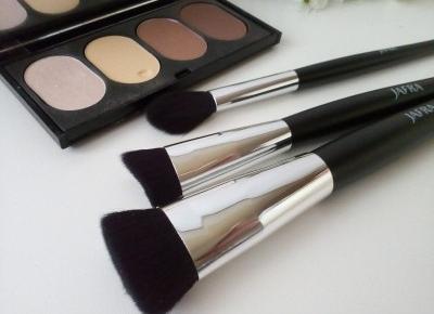 Cosmetics reviews : Pędzle do makijażu - dlaczego warto dbać o ich higienę?