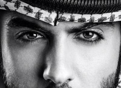 Władze Arabii Saudyjskiej wyrzuciły z kraju modela. Twierdzą, że jest zbyt przystojny i gorszy młode kobiety! | Buzz Gorilla
