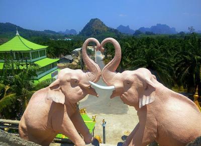Judy's World: Chinese Temple czy Tiger Cave Temple? Którą świątynię warto odwiedzić?