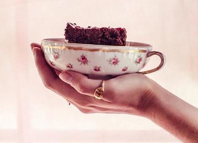 Cukiernia dostarcza brownie pod same drzwi miesiączkujących kobiet!