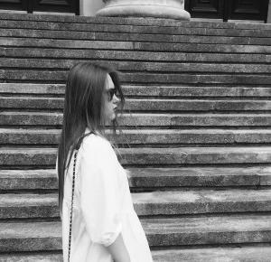 White and silver – Julia Charlotte