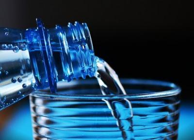 Woda - jak wpływa na wygląd i zdrowie | Here Siggy