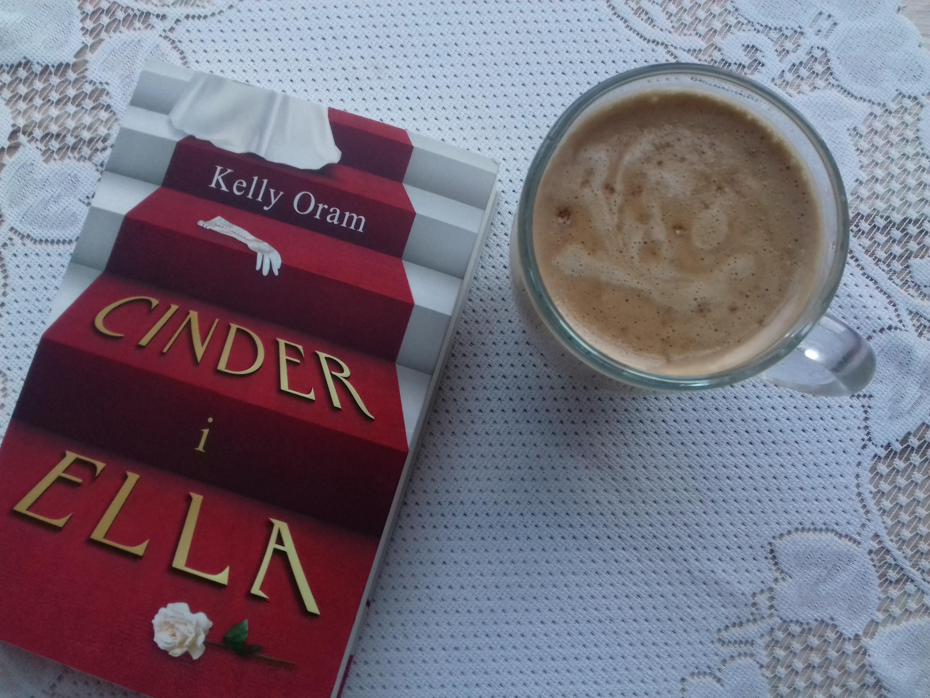 Kelly Oram - ,,Cinder i Ella