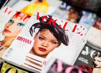 Najnowszy Vogue z nietypową okładką. Nic na niej nie ma
